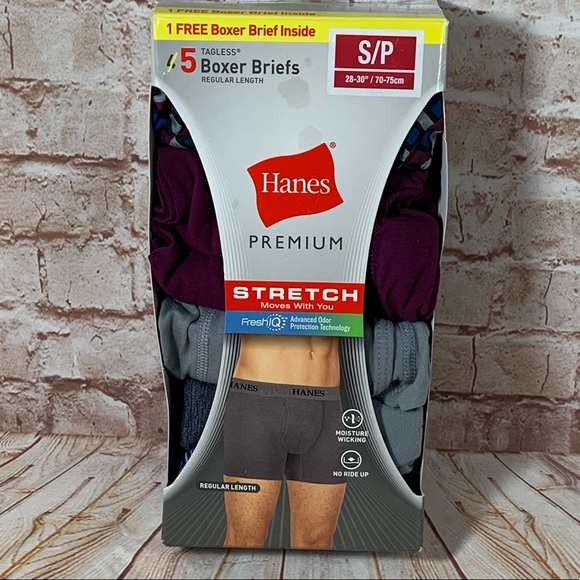 2 Pair Hanes Mens  Boxer Brand New without tags Size Small 28-30 Red and Gray